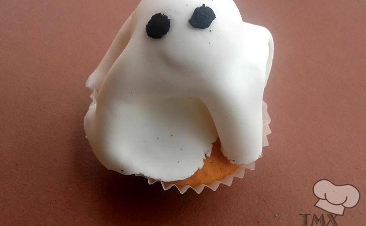 Cake pops fantasmales