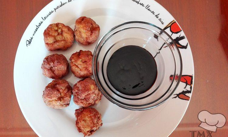 Albondigas de pollo y calabacin con salsa Teriyaki